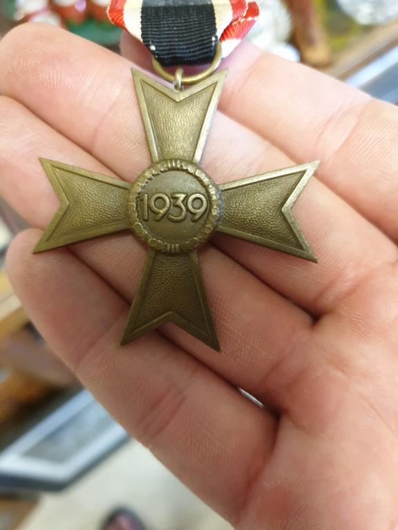 Authentification et estimation médailles allemande WW2 20190613