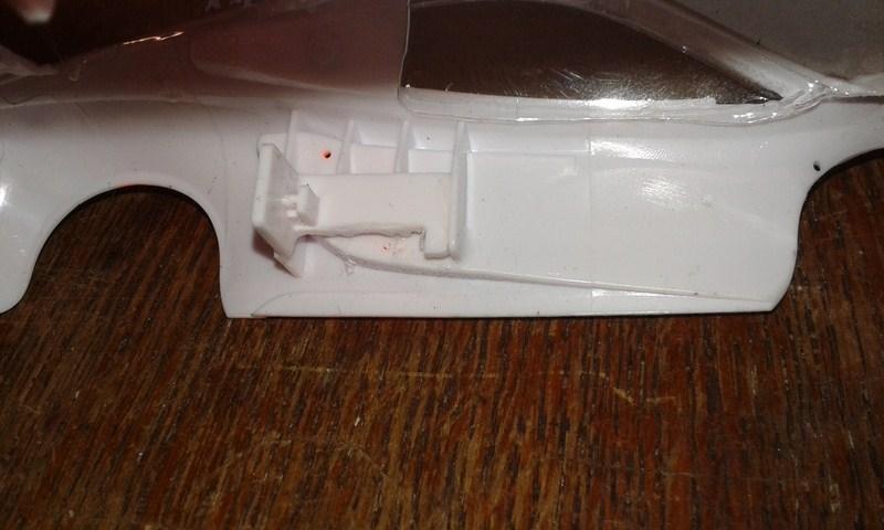 Problème pour monter une carrosserie Mac Laren GT3 sur une 03 chassis PN 2,5 20190110