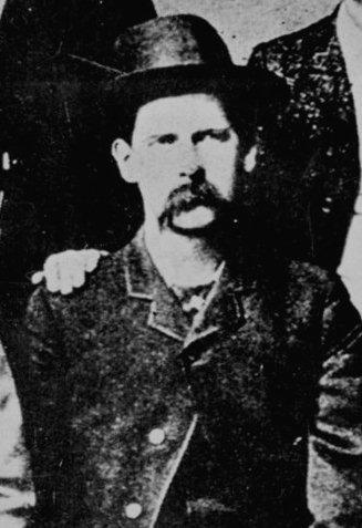 Wyatt Earp Wyatt-10