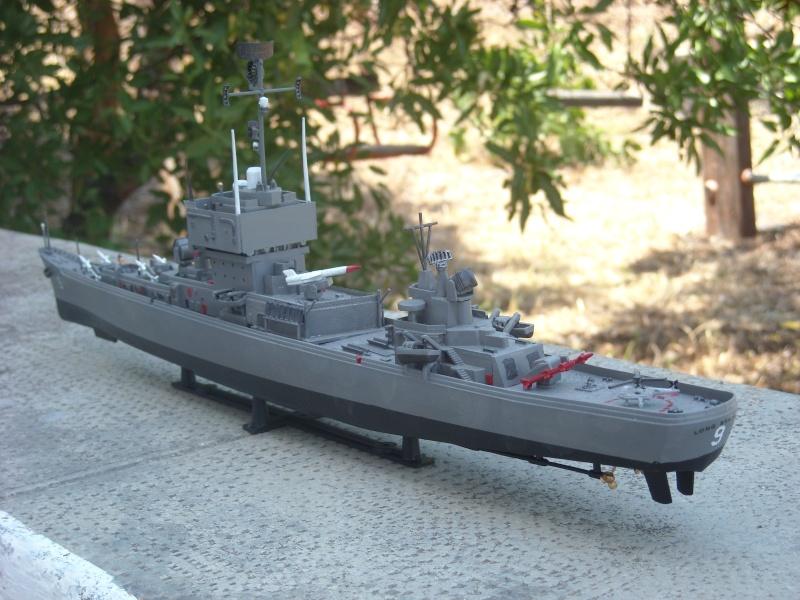 USS Long Beach sorti du nuage atomique Humbrol...  Lb0610