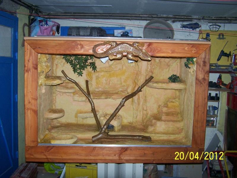 c parti construction de mon terra car la vitrine refrigere c nul Am_01410