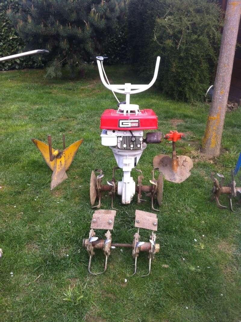 L'arc-en-ciel de mes Motostandards au complet avec les outils Na16_p11
