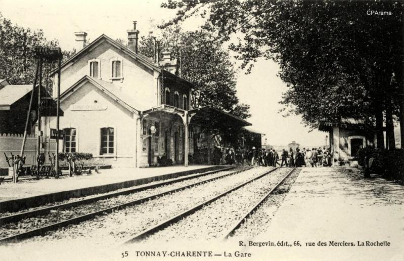 Gare de Tonnay-Charente (PK 214,6) 13820810