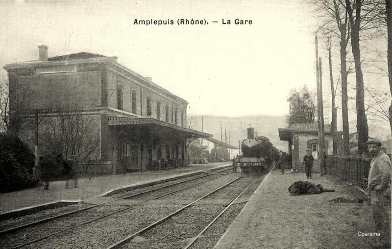 Gare d'Amplepuis (PK 448,7) 14030610