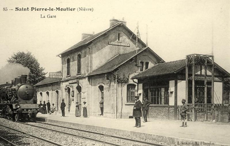 Gare de Saint-Pierre-le-Moûtier (PK 280,7) 14392710