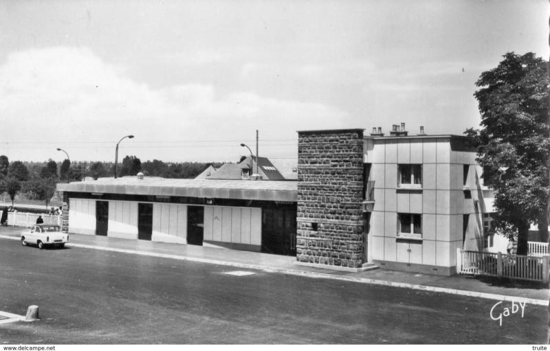 Gare de Montfort-sur-Meu (PK 395,5) 225_0010