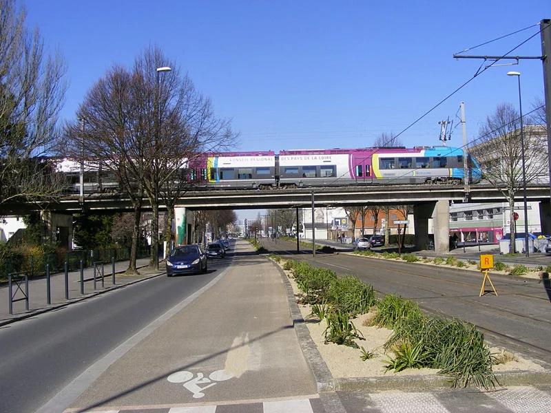 Réaménagement du complexe ferroviaire nantais 25418e26