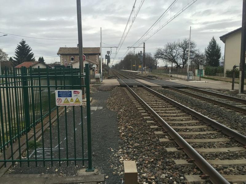[01] Gares de l'Ain Gare_d28