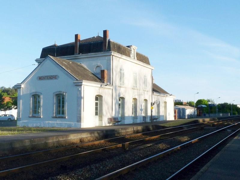 Gare de Montendre (PK 555,9) Monten12