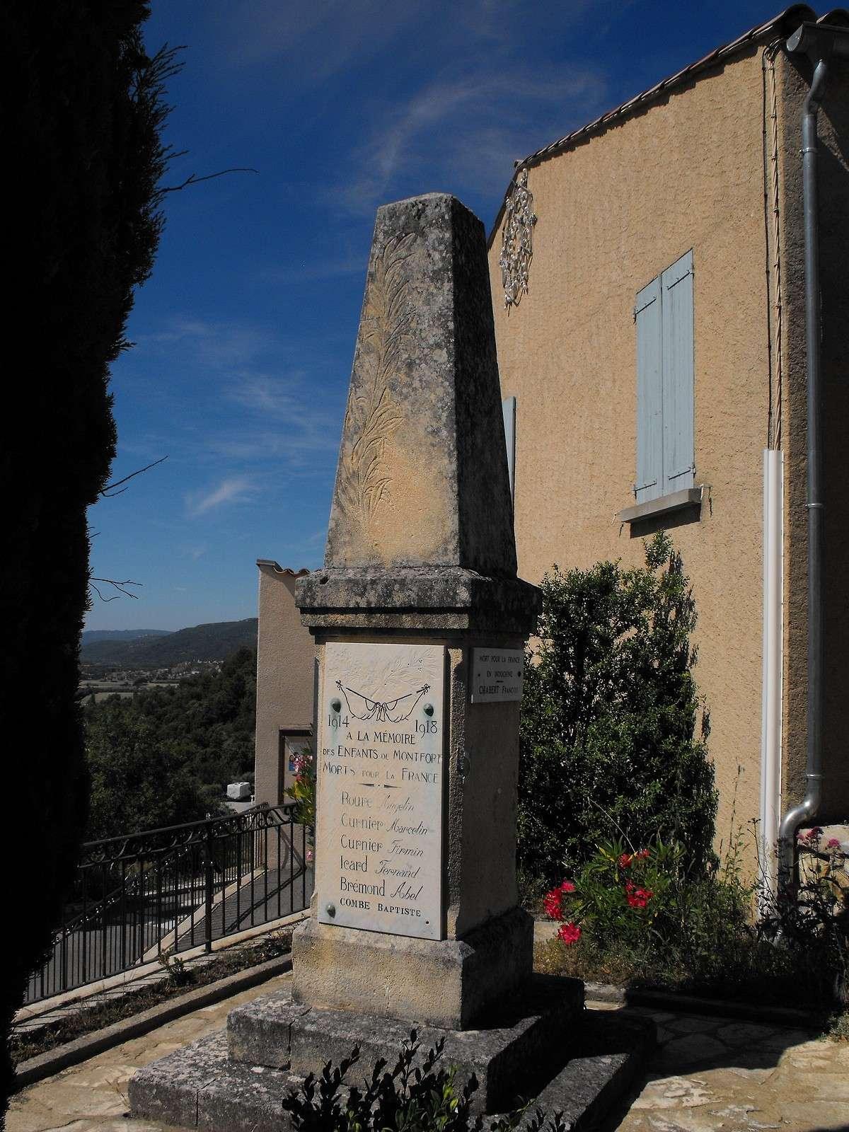 [Histoires et Histoire] Monuments aux morts originaux Français Tome 1 - Page 3 Monfor11