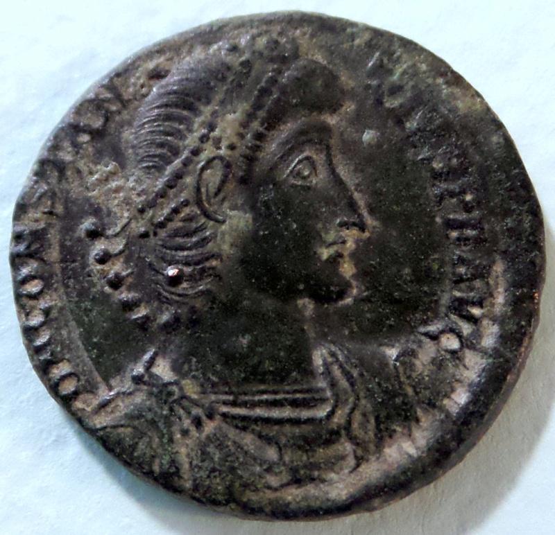 Les Constances II, ses Césars et ces opposants par Rayban35 - Page 10 -gyou510