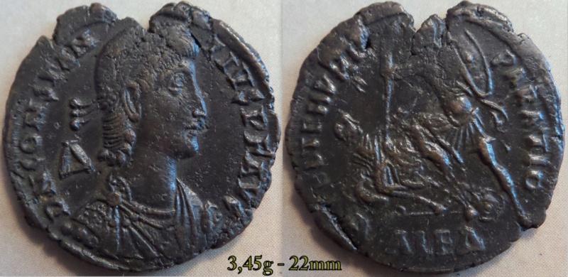 Les Constances II, ses Césars et ces opposants par Rayban35 - Page 5 Charge33