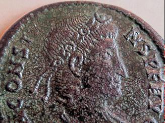Les Constances II, ses Césars et ces opposants par Rayban35 - Page 3 Downlo41