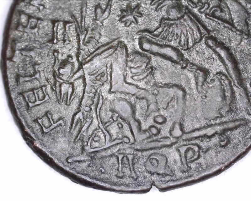 Les Constances II, ses Césars et ces opposants par Rayban35 - Page 5 Micro711