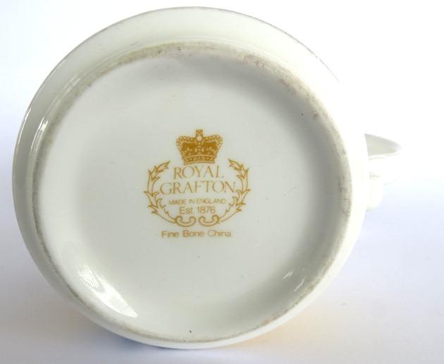 Royal Grafton souvenir dish Other_11