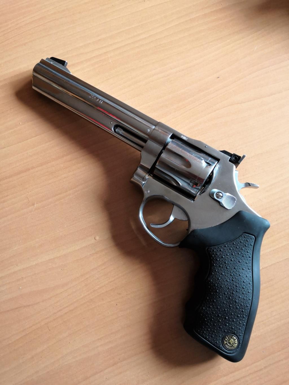 Meilleur revolver .22 Taurus10