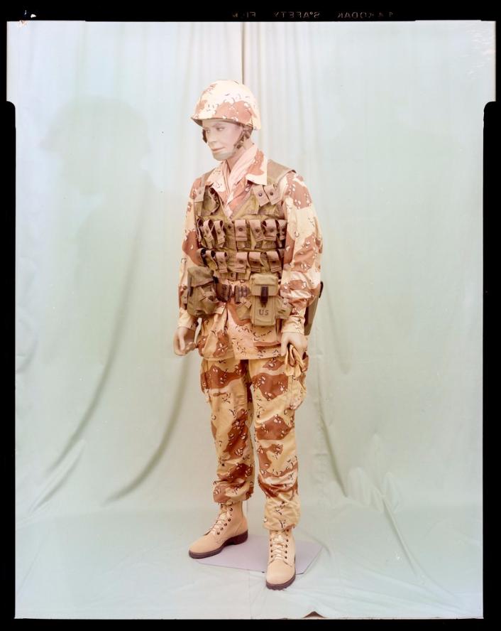 "Desert uniforms (DCU) - DESERT 6 colors ""Chocolate chip""  dated 1984 - Page 2 Cemel_10"