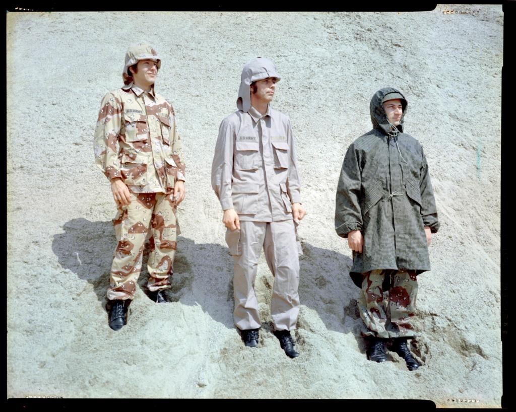 "Desert uniforms (DCU) - DESERT 6 colors ""Chocolate chip""  dated 1984 - Page 2 Desert13"