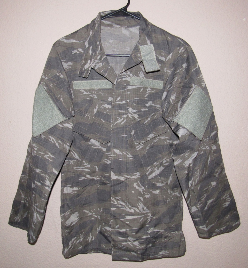 "Unknown Urban Tiger Stripe Chinese-made ""B. SAFE"" Uniform, possibly Filipino?  Img_3211"