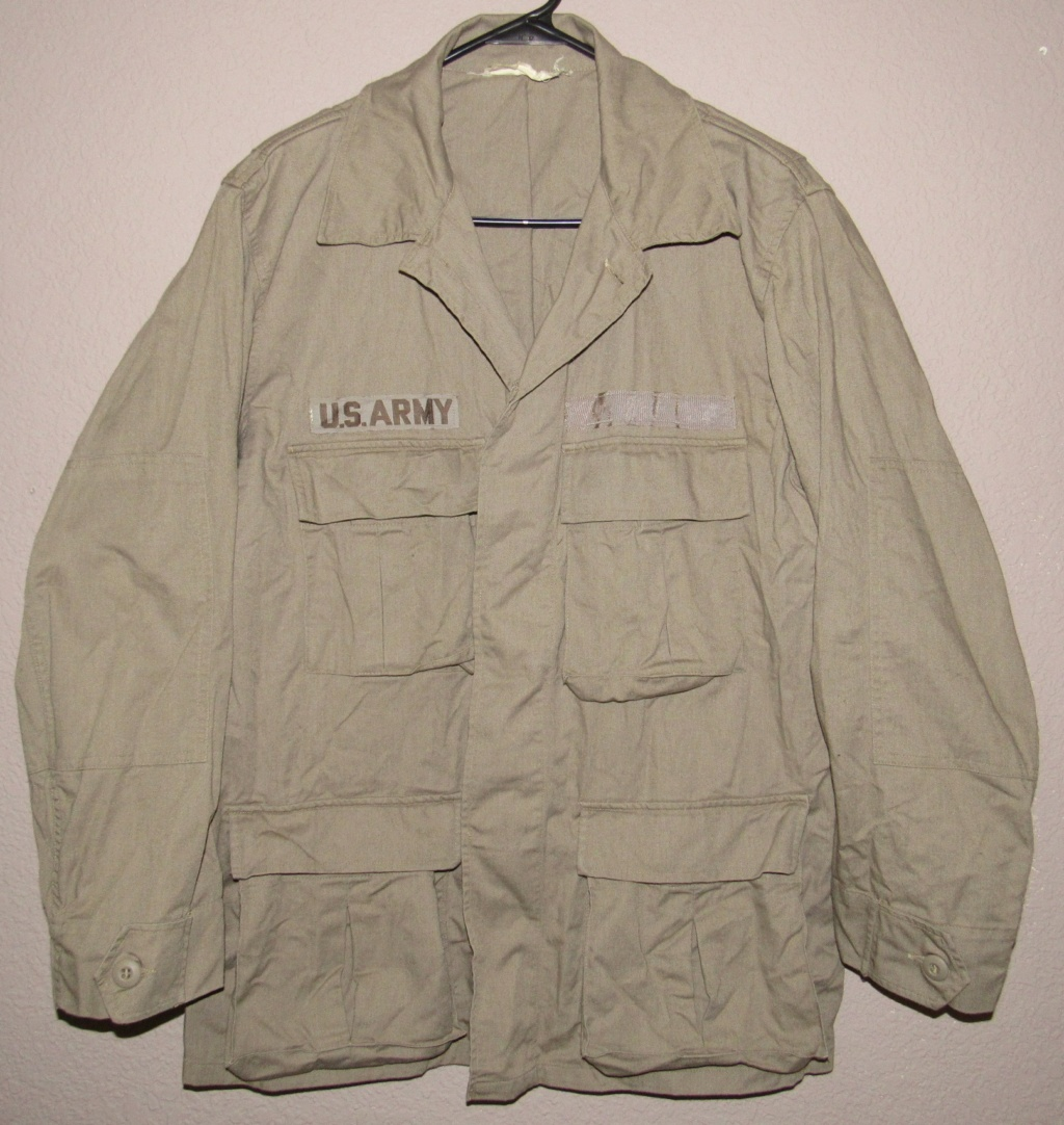 """Desert uniforms (DCU) - DESERT 6 colors """"Chocolate chip""""  dated 1984 - Page 2 Img_4723"""