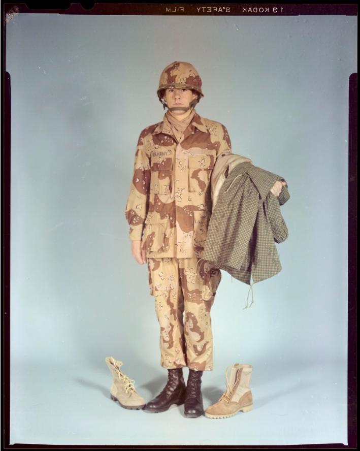 "Desert uniforms (DCU) - DESERT 6 colors ""Chocolate chip""  dated 1984 - Page 2 Unifor10"