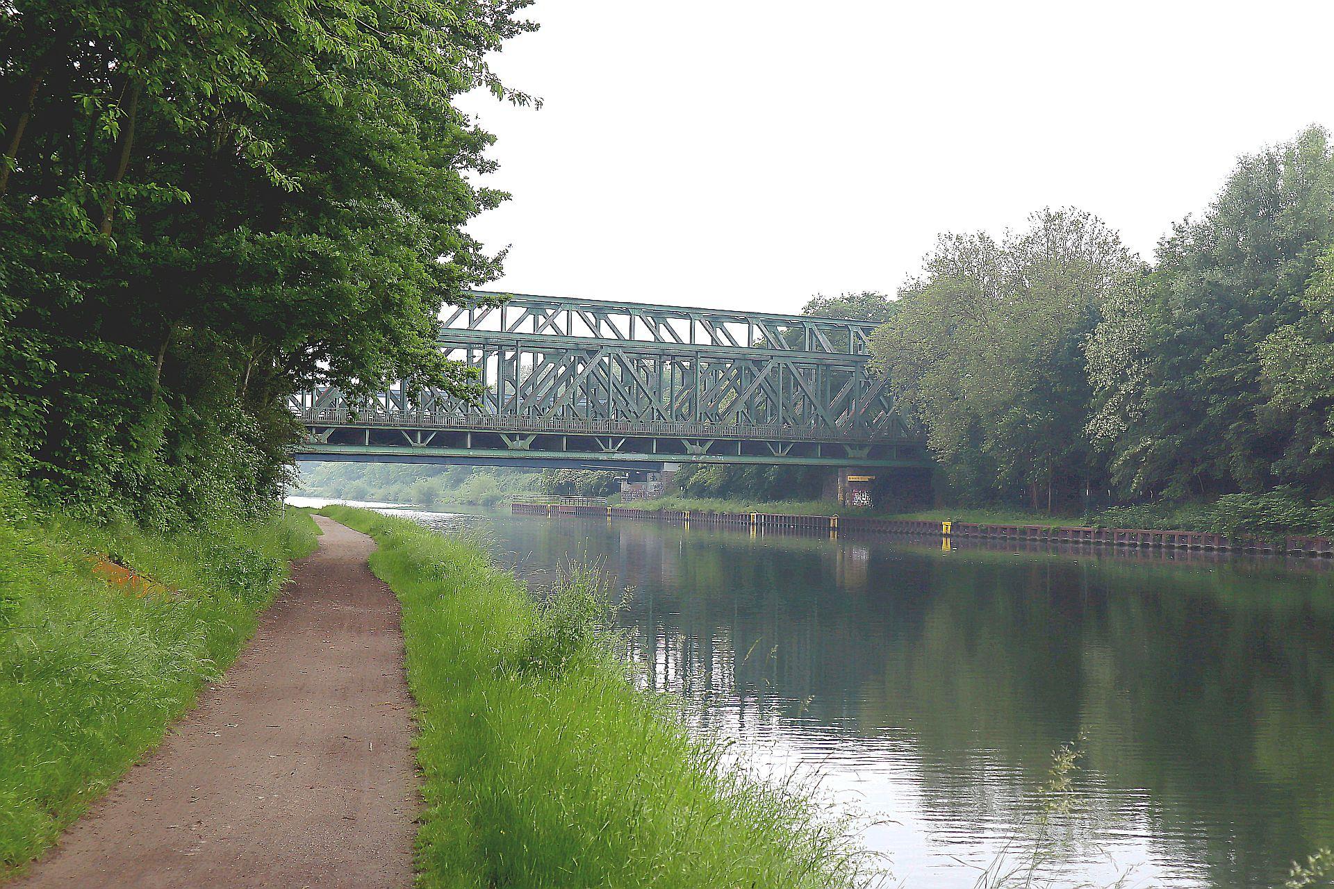 Am Kanal 240