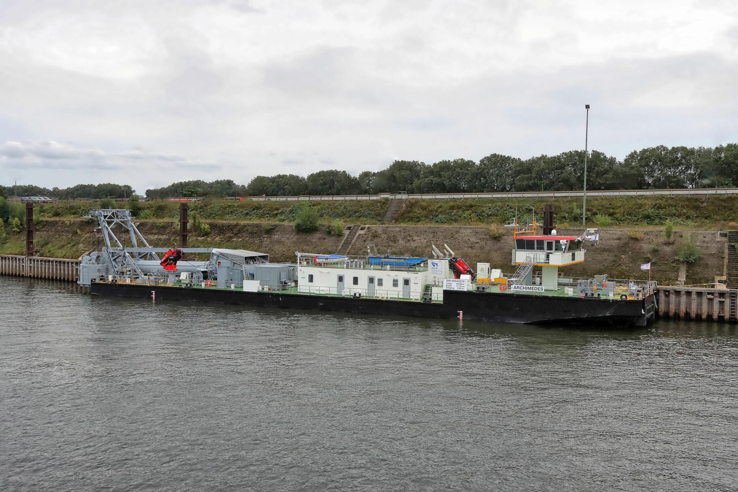 Neues Tauchklockenschiff Archimedes ersetzt die Carl-Straat 339