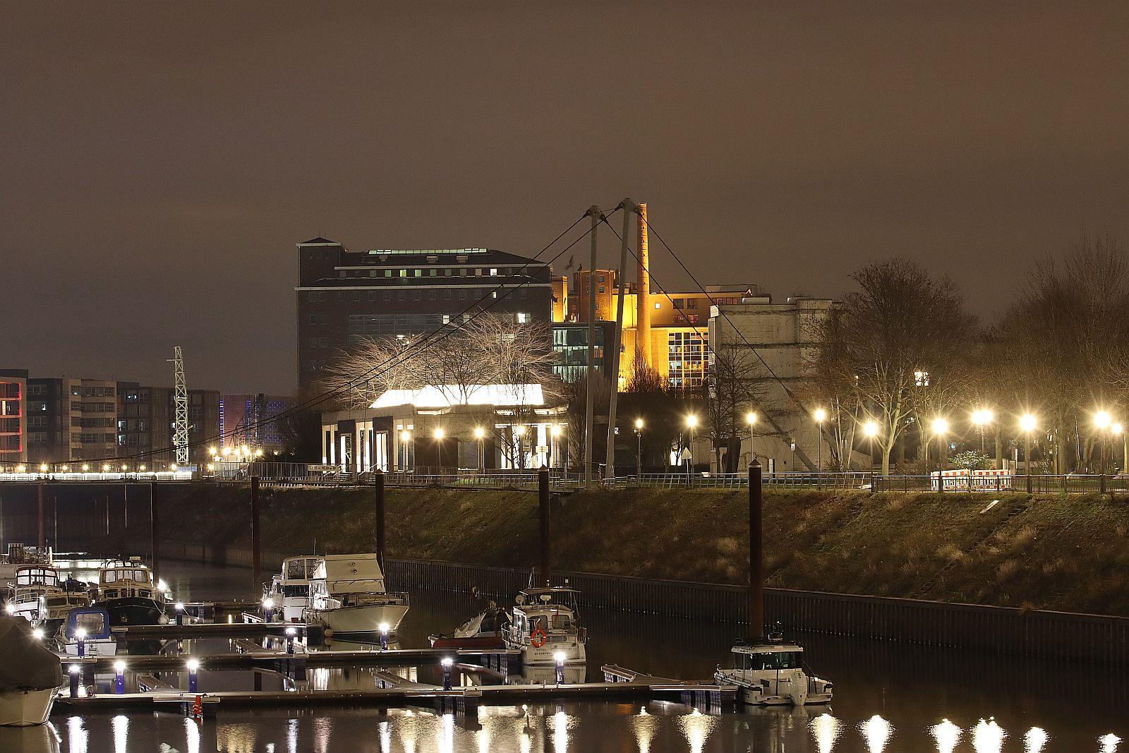 Unterwegs im Innenhafen Duisburg 828
