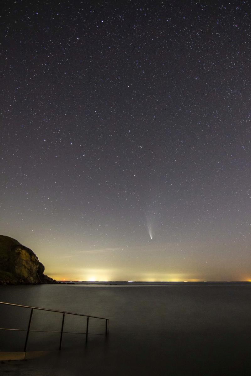 comète gris nez Comzot22