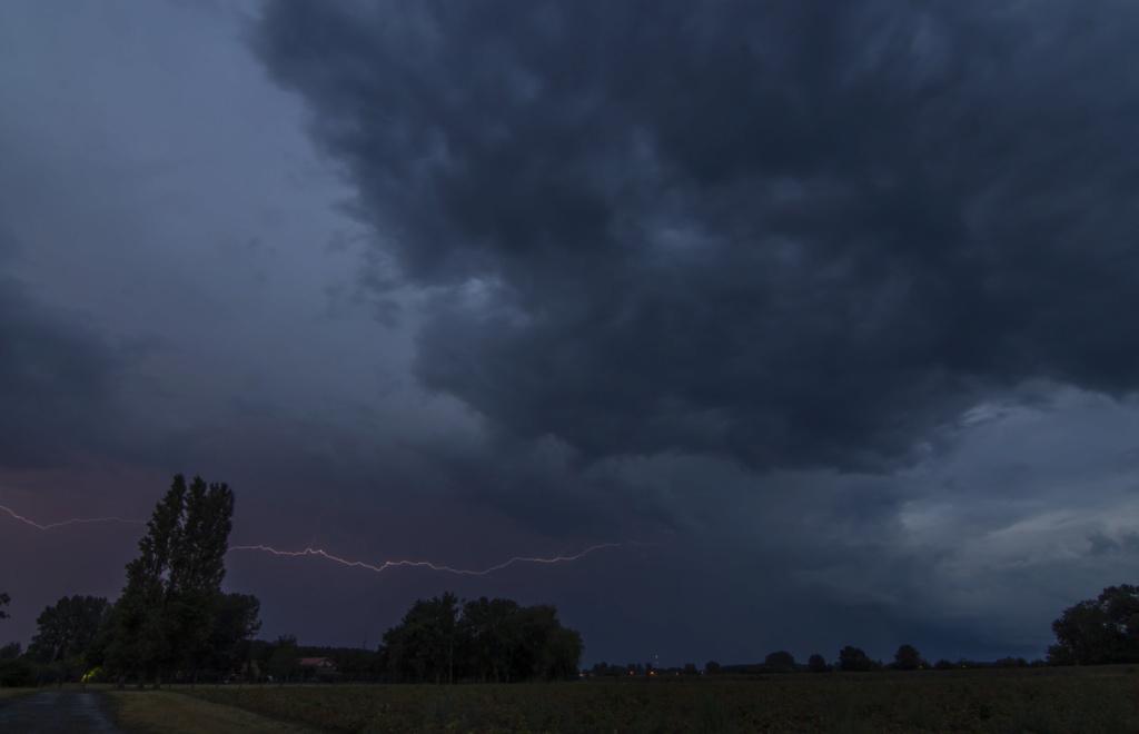 orages hier et ce soir sur haze Orage_13