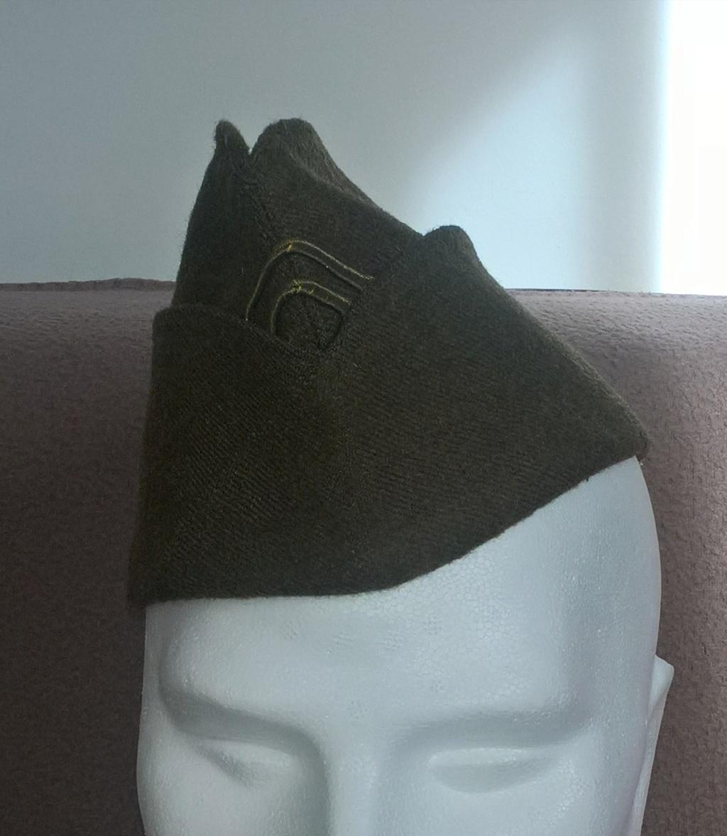 Un joli bonnet de police modèle 1946  Wp_20258