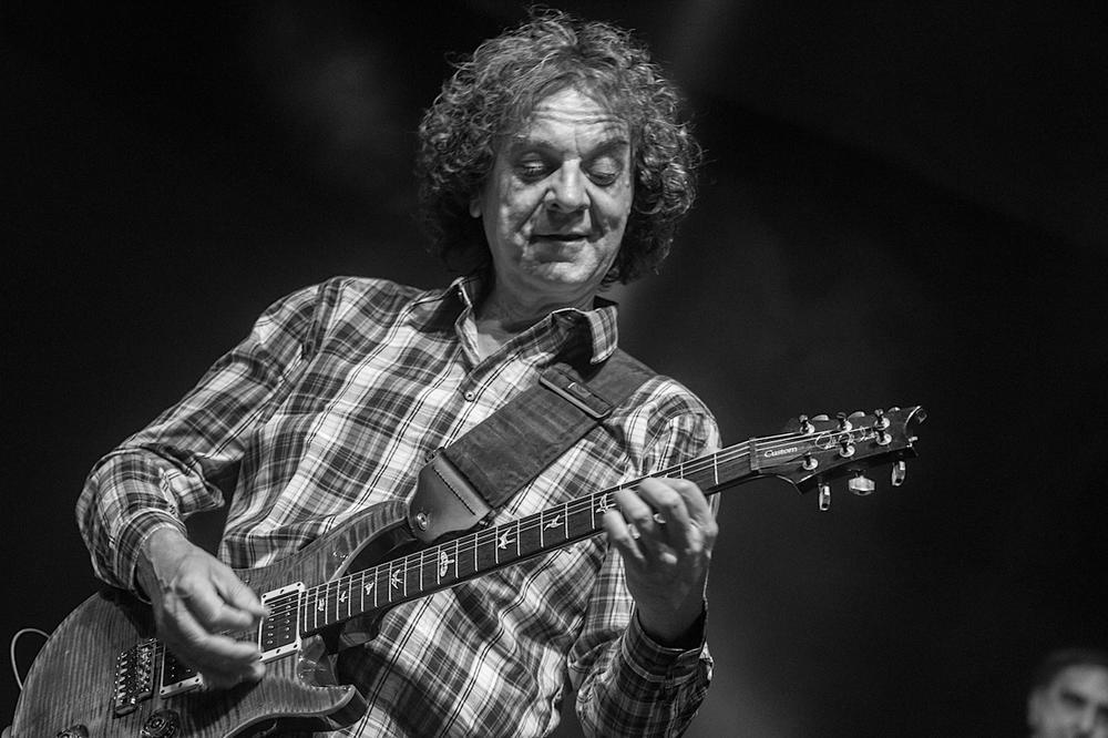 Preminuo gitarista Ivan Ivica Maksimović 20452610
