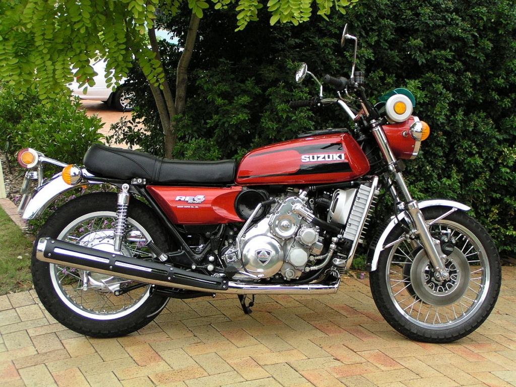 Any of you folks know where I can find a 1975/76 Suzuki Re5 motorcycle??? 1200px10