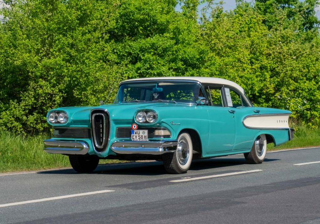 Bling in steel and leather 1958-e11