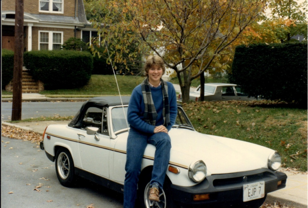 Ah, 80 degrees = top down weather 1985_f10