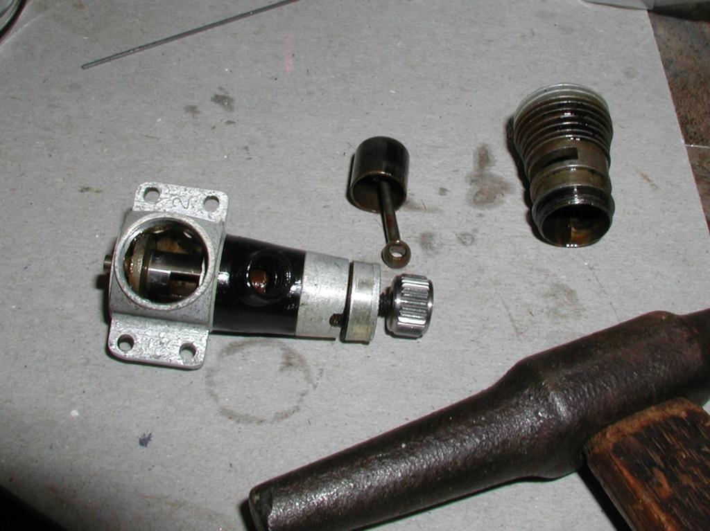 Cox Burned Engines, An update sometimes sad....... Cox_bu18