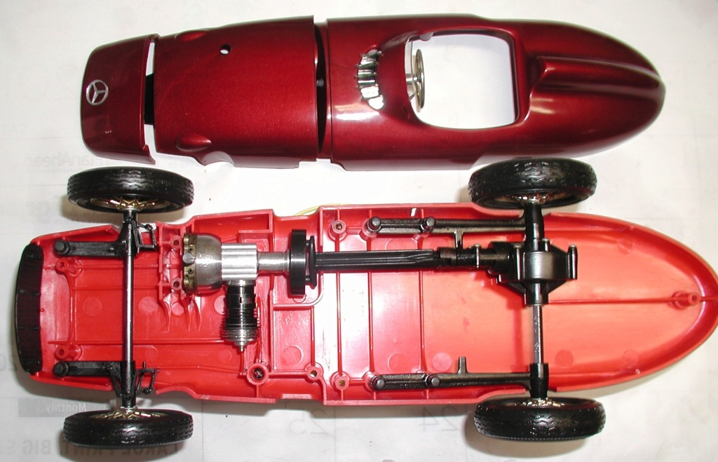 Anyone up for a primer on the Cox Mercedes suspension...... Cox_m107