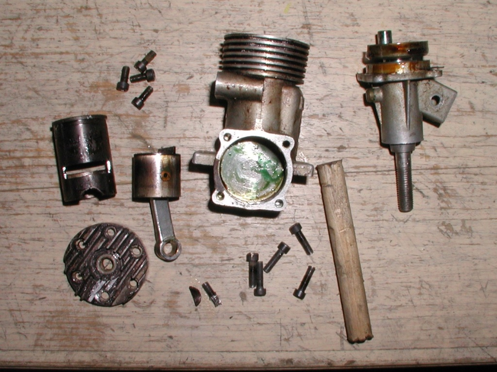 T-28 sand cast Enya engine under construction Enya_317