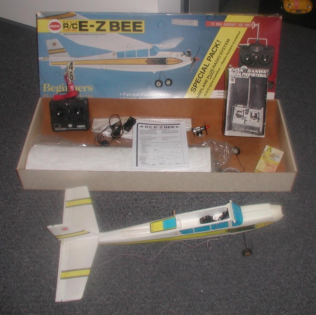 Box # three, the EZ Bee Ez_bee16