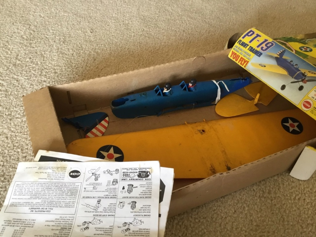 Box 5 - The flea market PT-19 Flea_m19