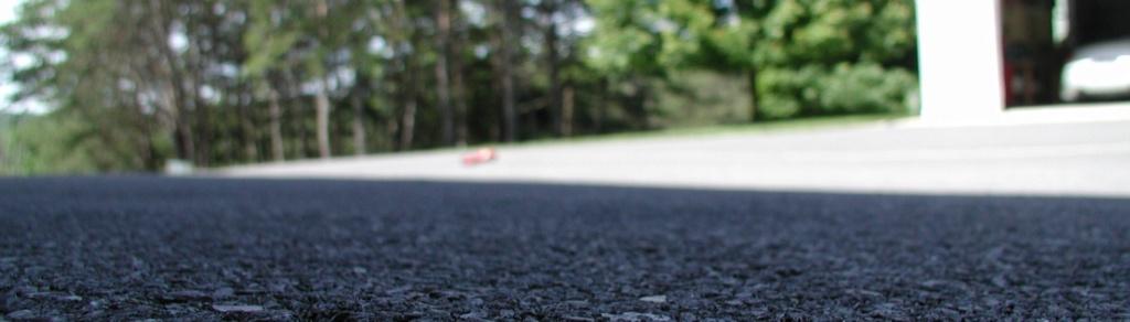 The number 2 Cox Mercedes - It's alive......... Loft_a11