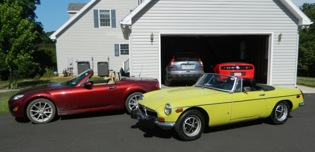 Ah, 80 degrees = top down weather Mgb_mi10