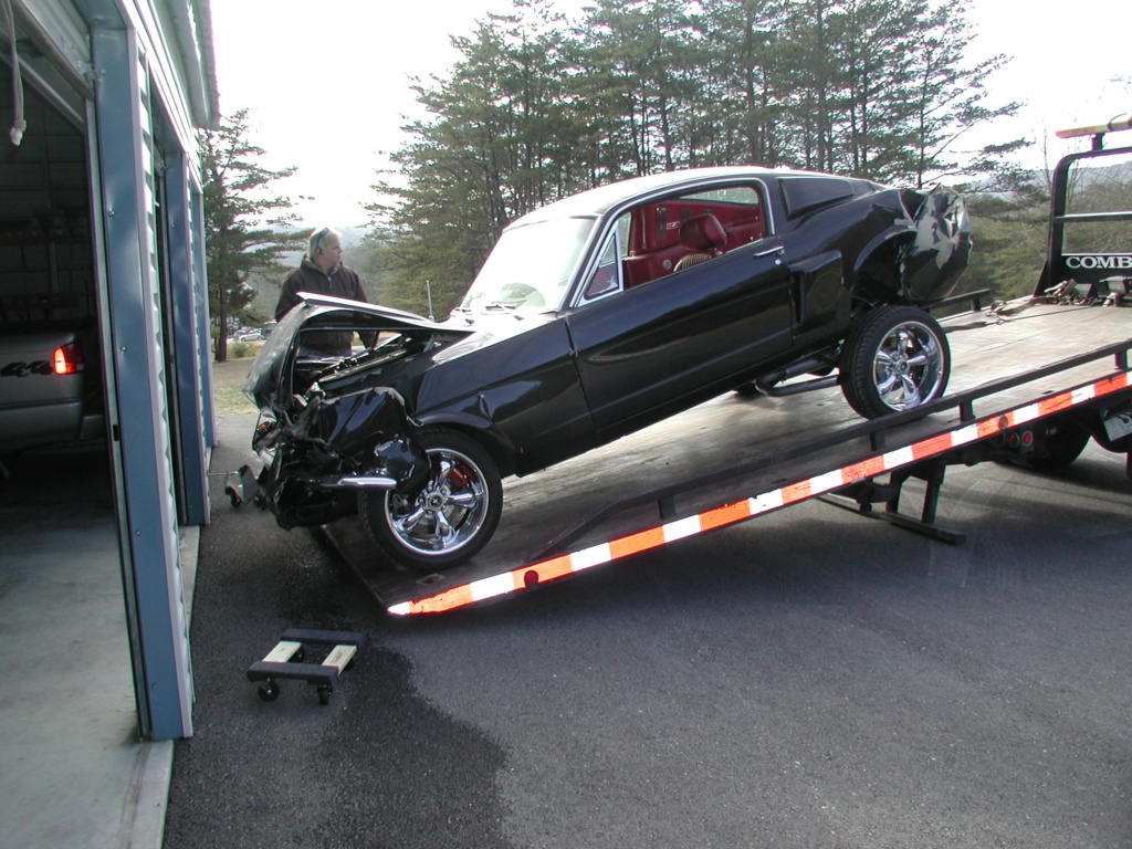 A Mustang without a propeller. Mustan13