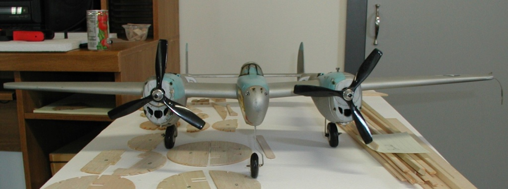 Moving day for the display cabinet P-38_o13