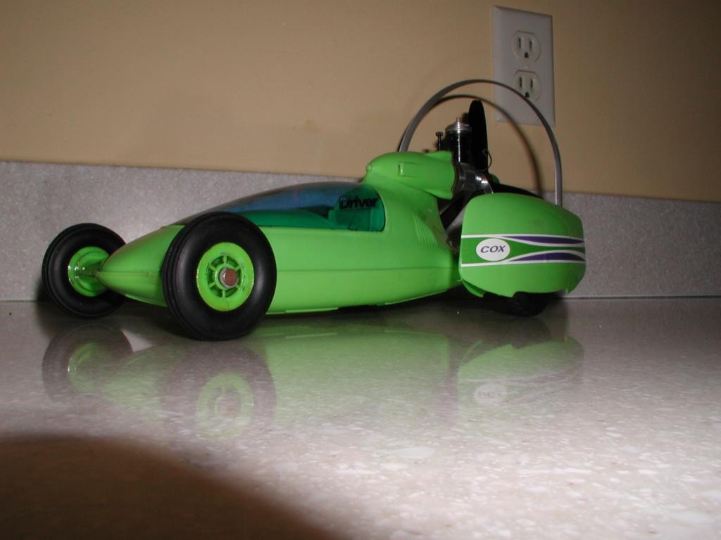 The lime green Shrike machine P1010087