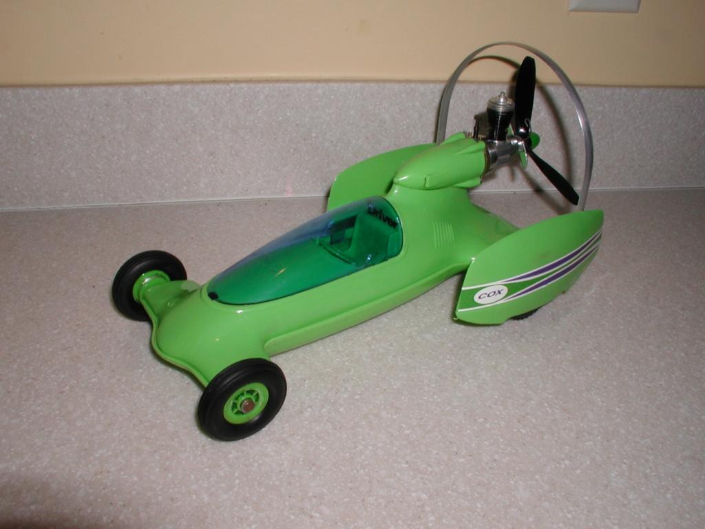 The lime green Shrike machine P1010088