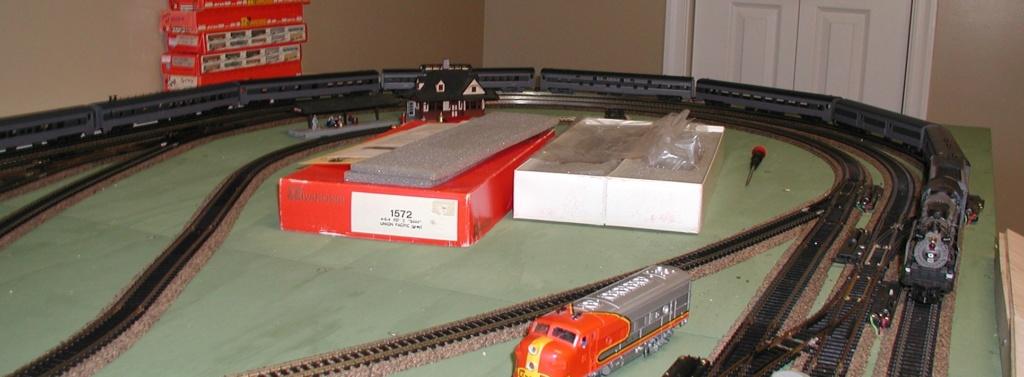 Rivarossi's FEF locomotive P1010177