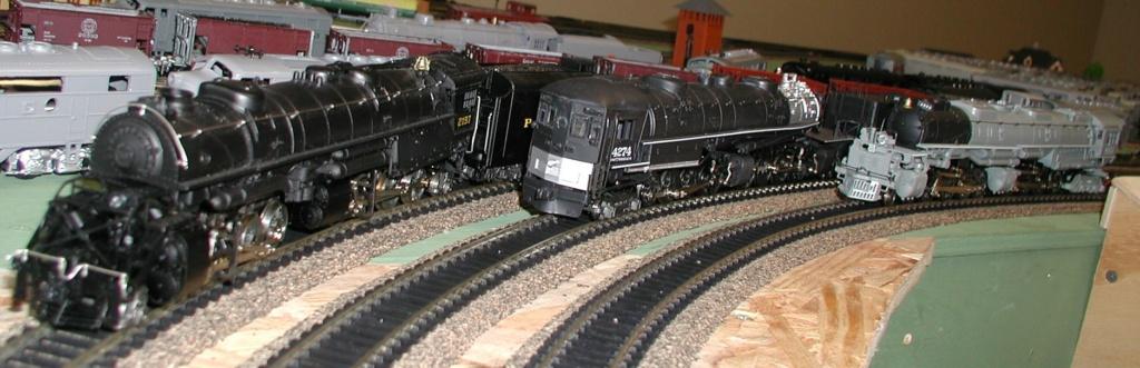 4-8-8-2 SP Cab Forward Steam Locomotive - Page 2 P1010725