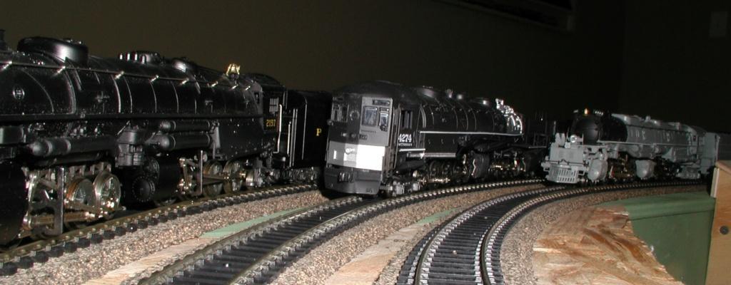 4-8-8-2 SP Cab Forward Steam Locomotive - Page 2 P1010727