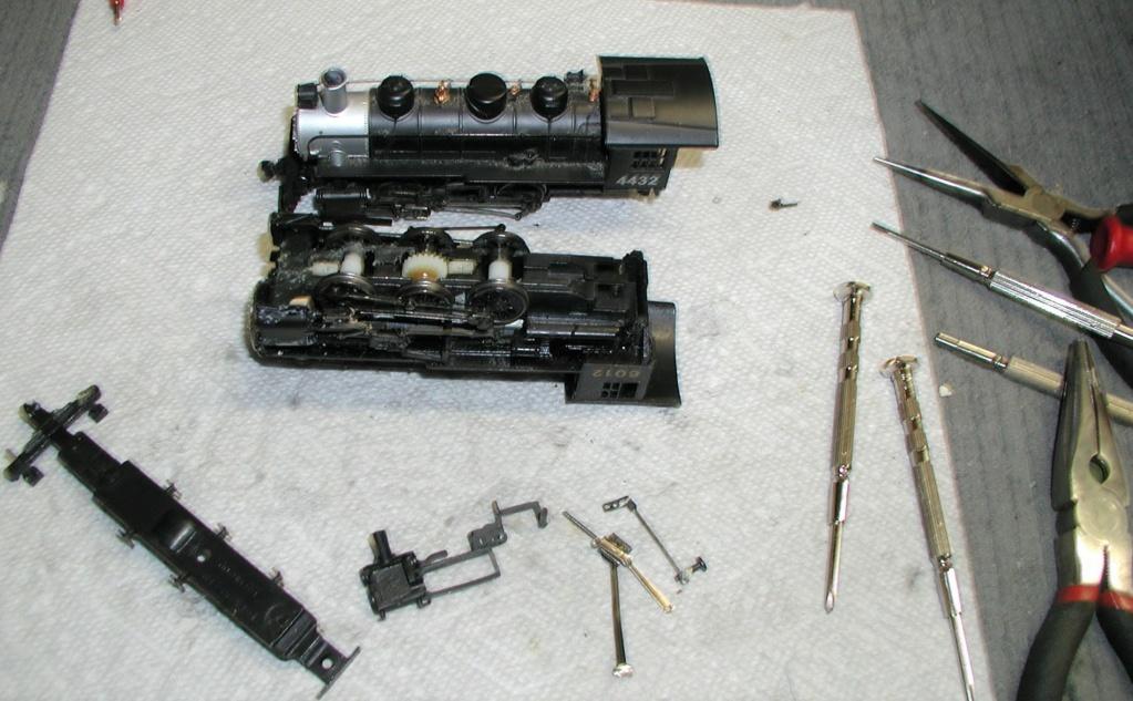 4-8-8-2 SP Cab Forward Steam Locomotive - Page 2 P1010738